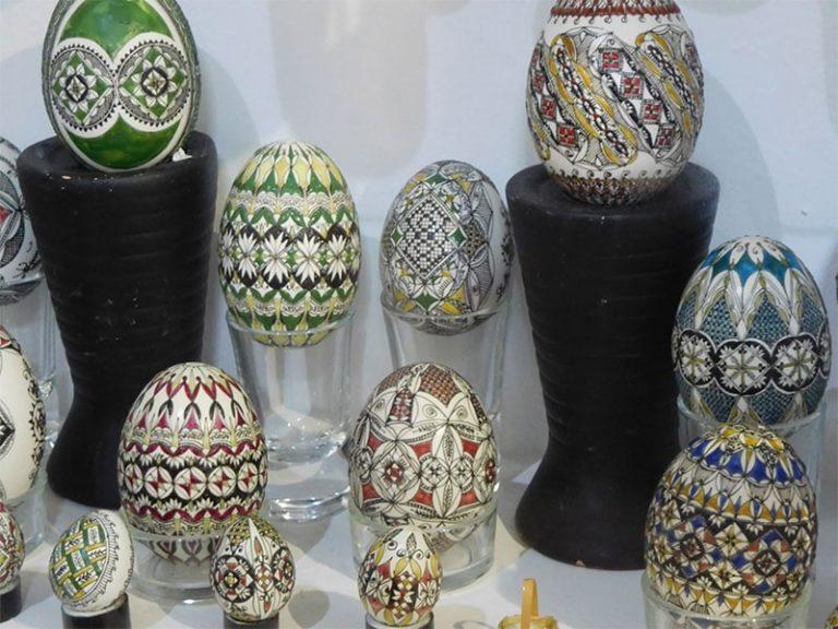 ביצים מקושטות טיול בטעם של עוד קא לה מאמא