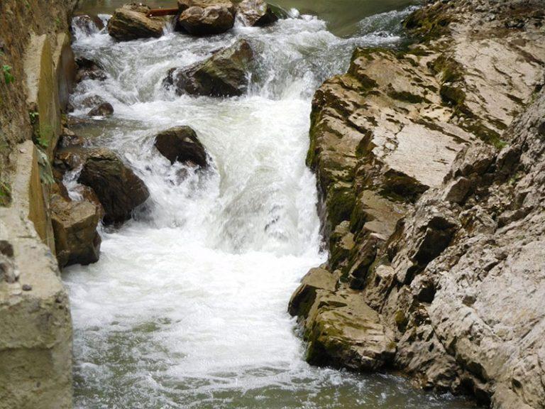 טיול בטעם של עוד קא לה מאמא מפל מים ברומניה