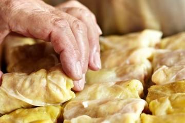 מקורות ומאפייני האוכל הרומני